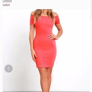 Lulus Off the shoulder bodycon dress size S